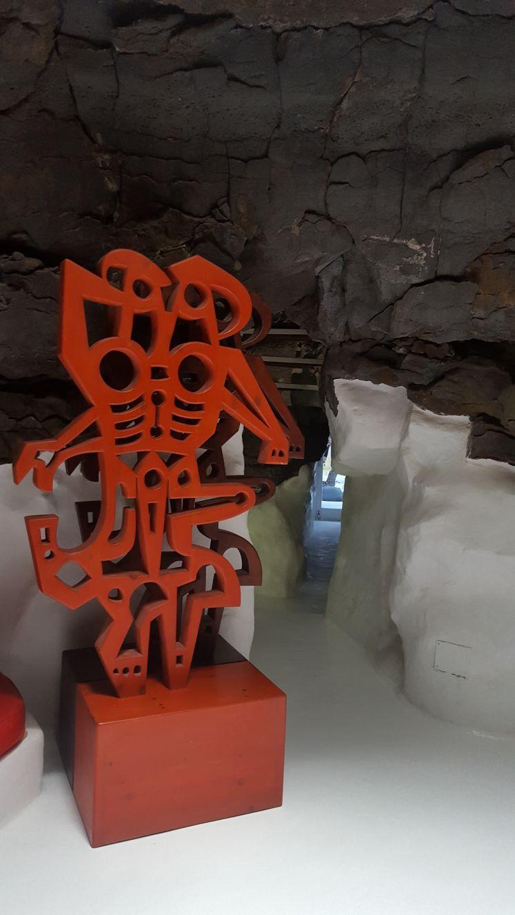 scultura Cesar Manrique