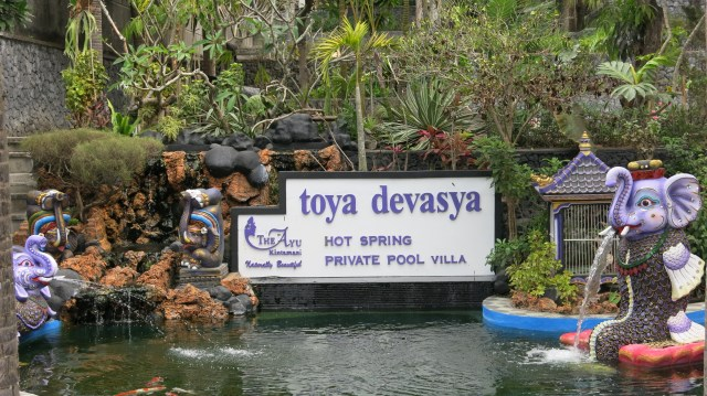 Top Things to do in Bali: Toya devasya hot spring