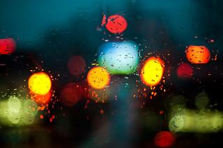 天気が悪い梅雨の時期に思う、洗濯の憂鬱さ・・・