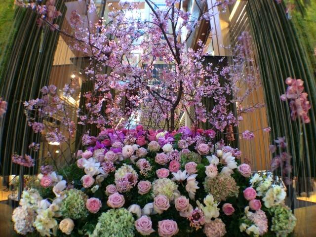 東京ミッドタウンで桜を楽しむ!テラスのあるレストランや限定メニューをご紹介。