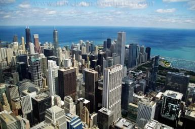 Chicago - widok z tarasu widokowego - 103 piętro w Willis Tower (dawniej Sears Tower)