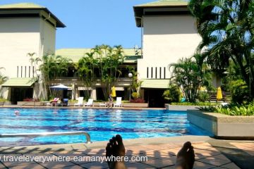 Digital Nomads - Working by the pool - Penang - Malaysia