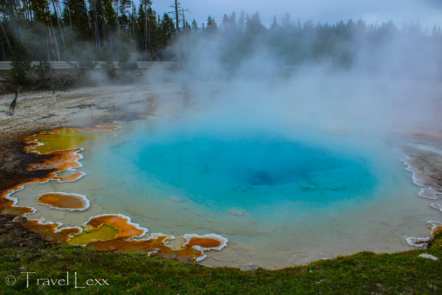 Silex Spring - 8 Reasons You Should Visit Yellowstone National Park