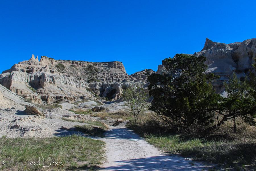 Notch Trail snaking through canyon