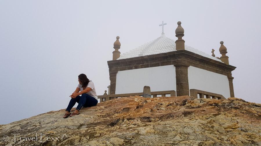 Rocks behind Capela do Senhor da Pedra