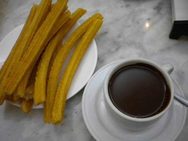 The Best Place for Churros con Chocolate in Madrid || Travel Far, Eat Well