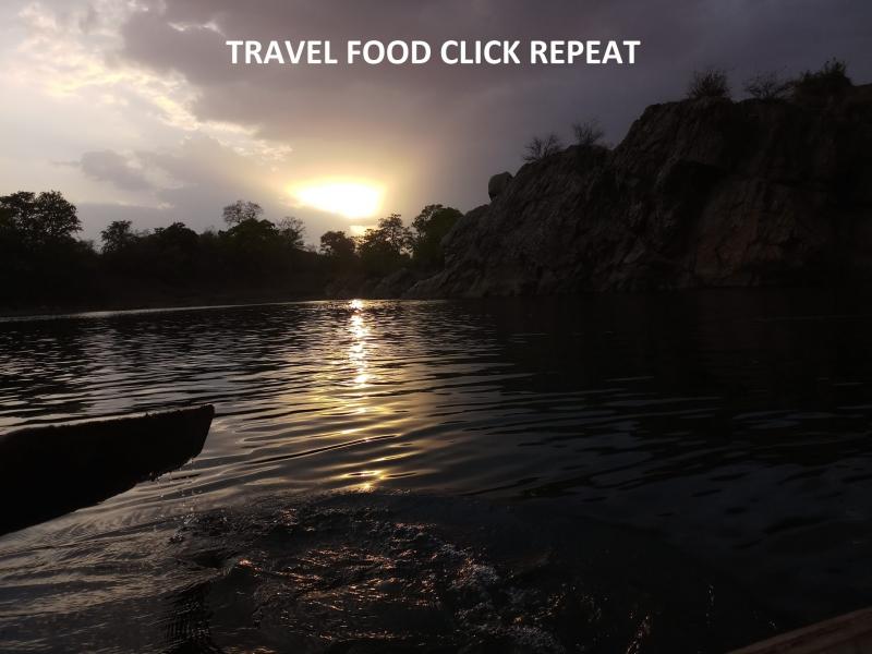 Header-of-Travel-Food-Click-Repeat