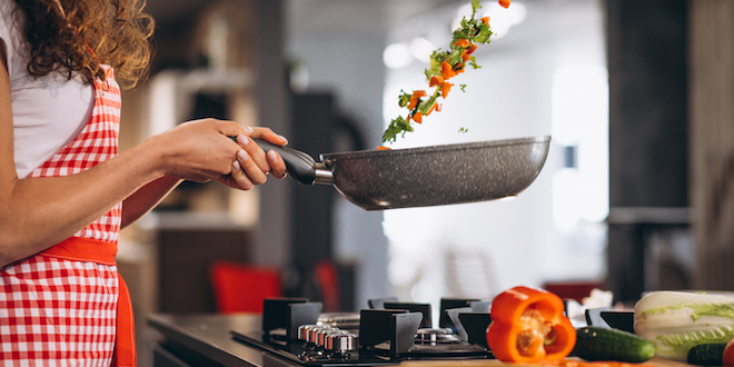 9 Tips to Keep Nonstick Pans in Great Condition