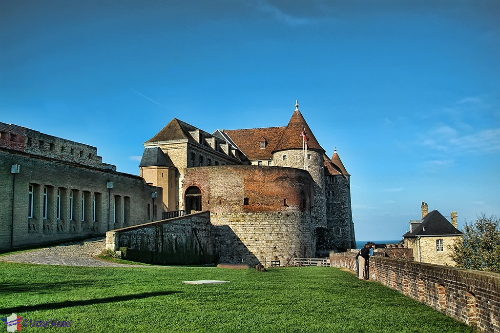 Grass courtyard of Dieppe castle