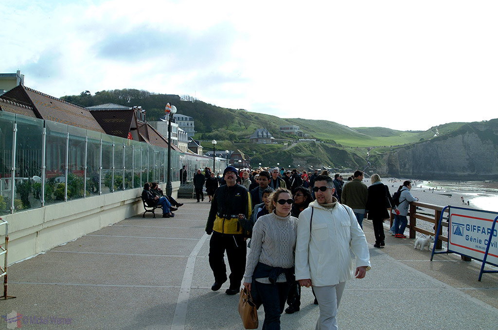 South side of the Etretat promenade