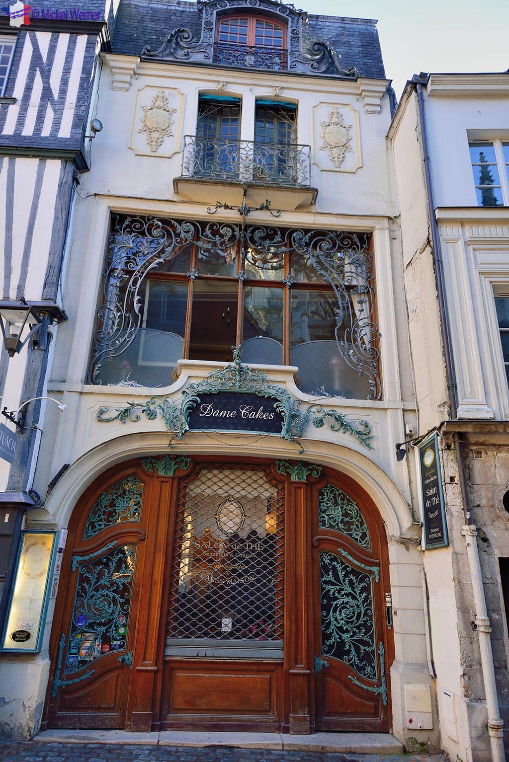 Dame Cakes tea room in Rouen'