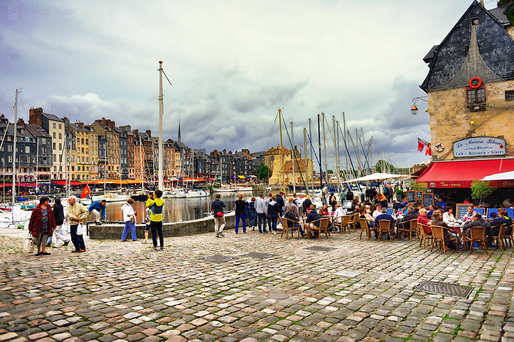 The harbour restaurants of Honfleur