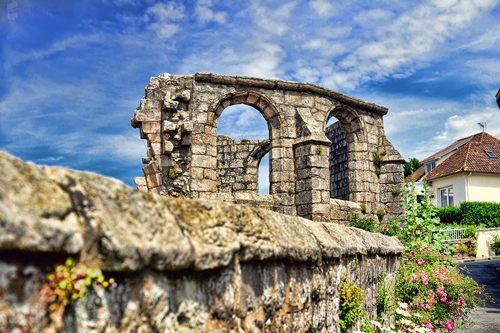 Church ruins at Veules-Les-Roses