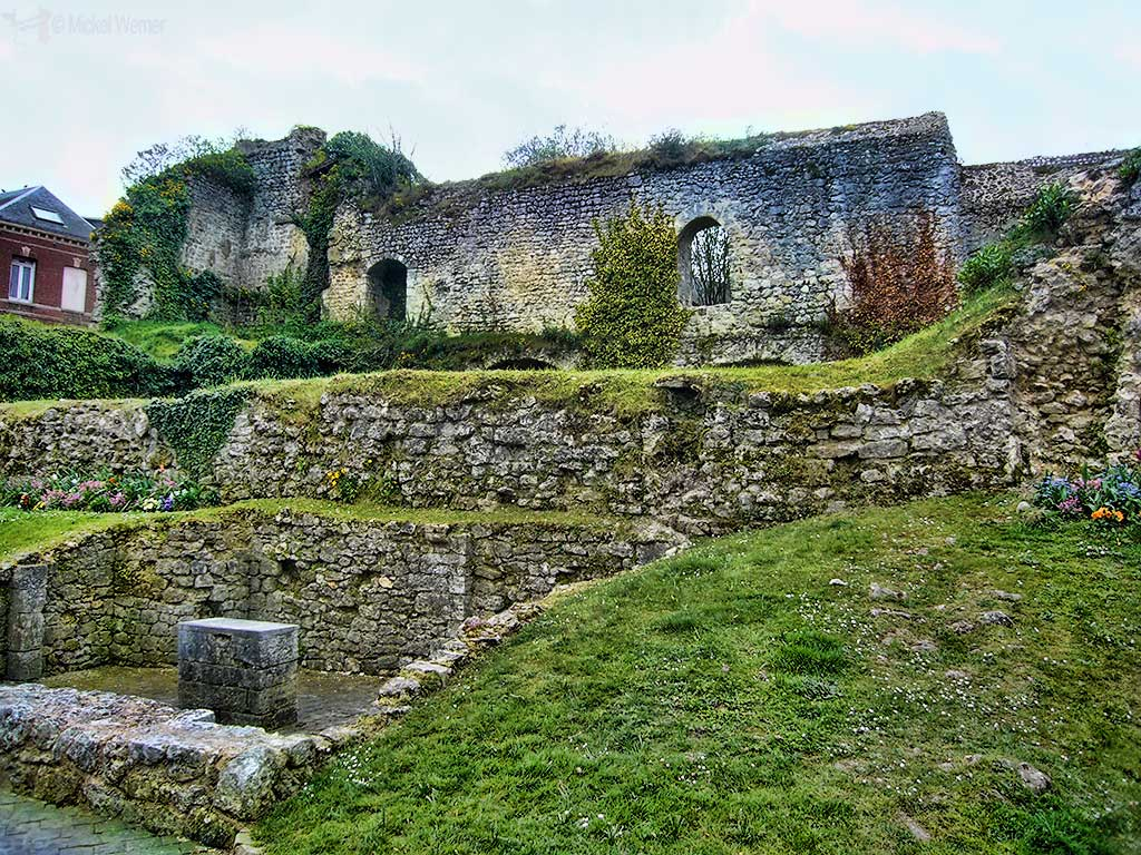 Fecamp castle ruins