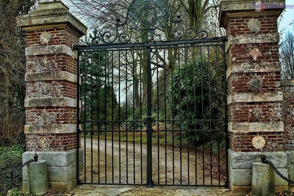 Gate of Malleville les Gres Castle