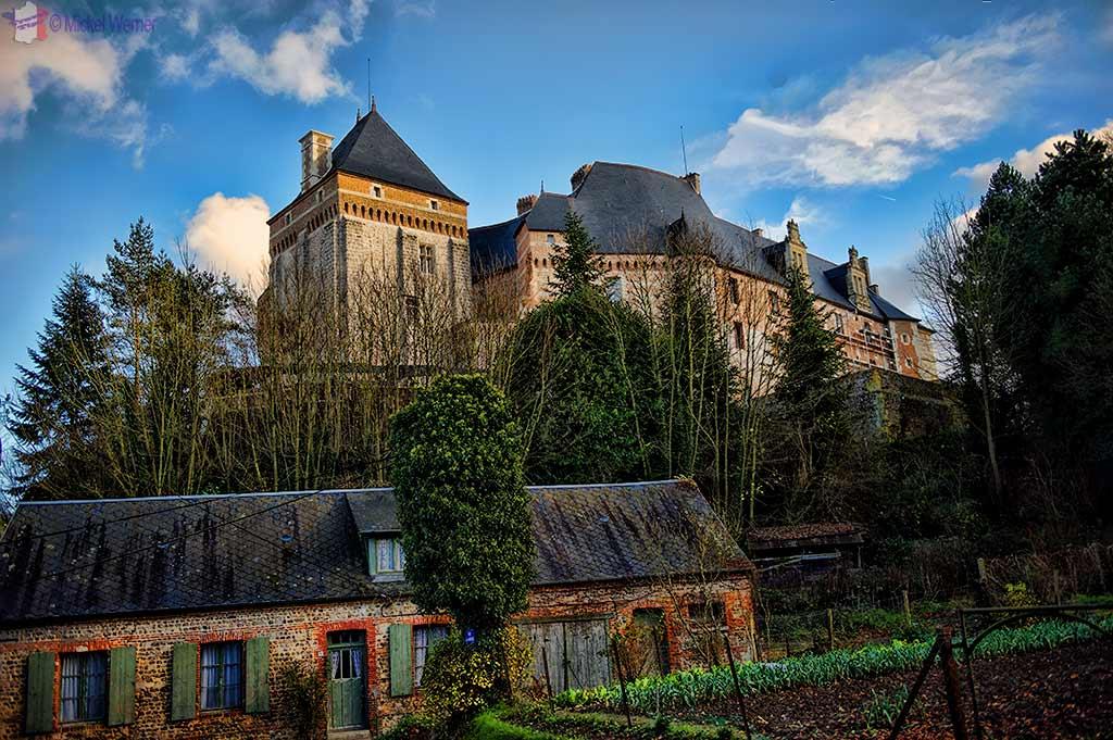Valmont Castle – Chateau d'Estouteville