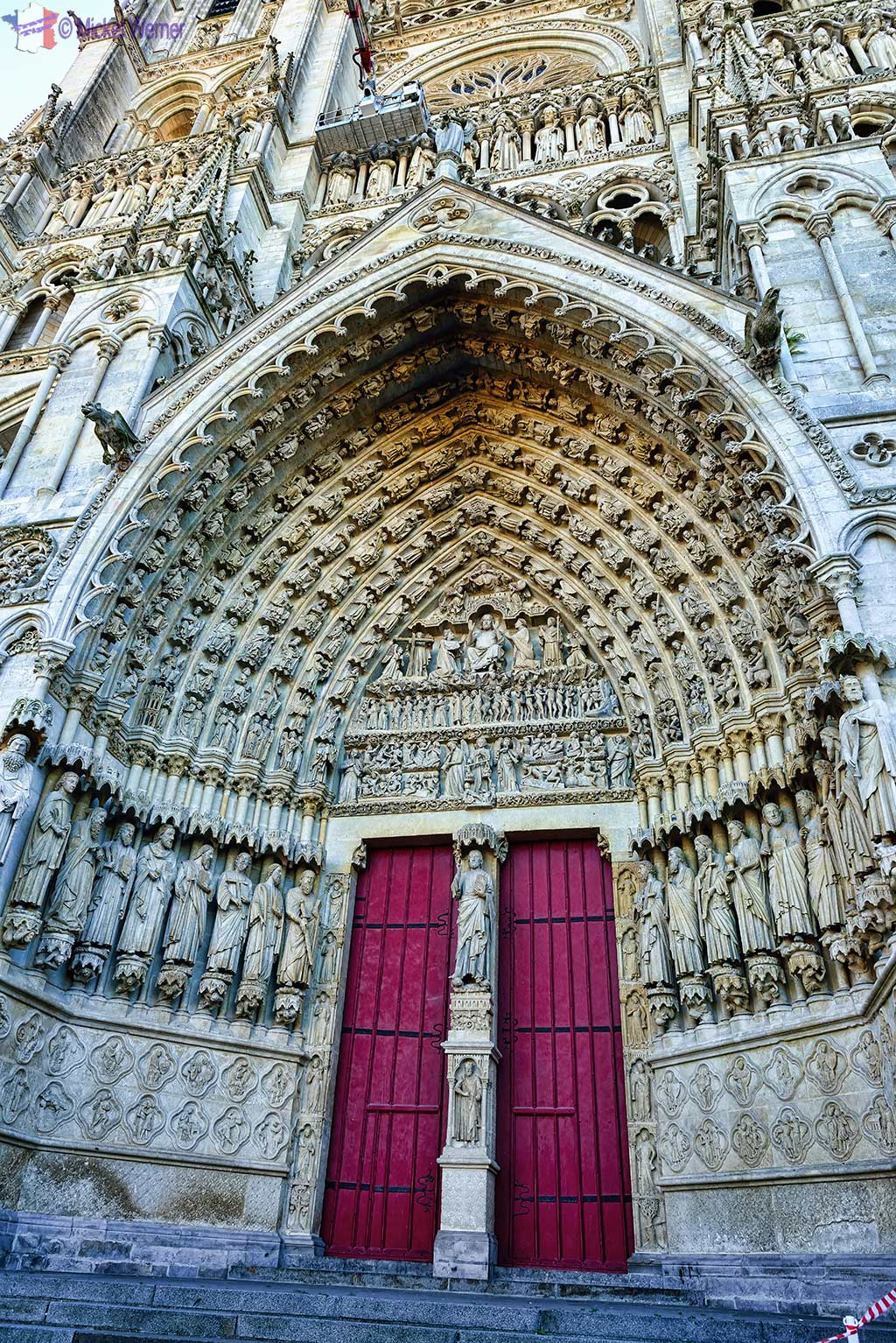 """The door of the """"Last Judgement"""" of the cathedral of Amiens"""