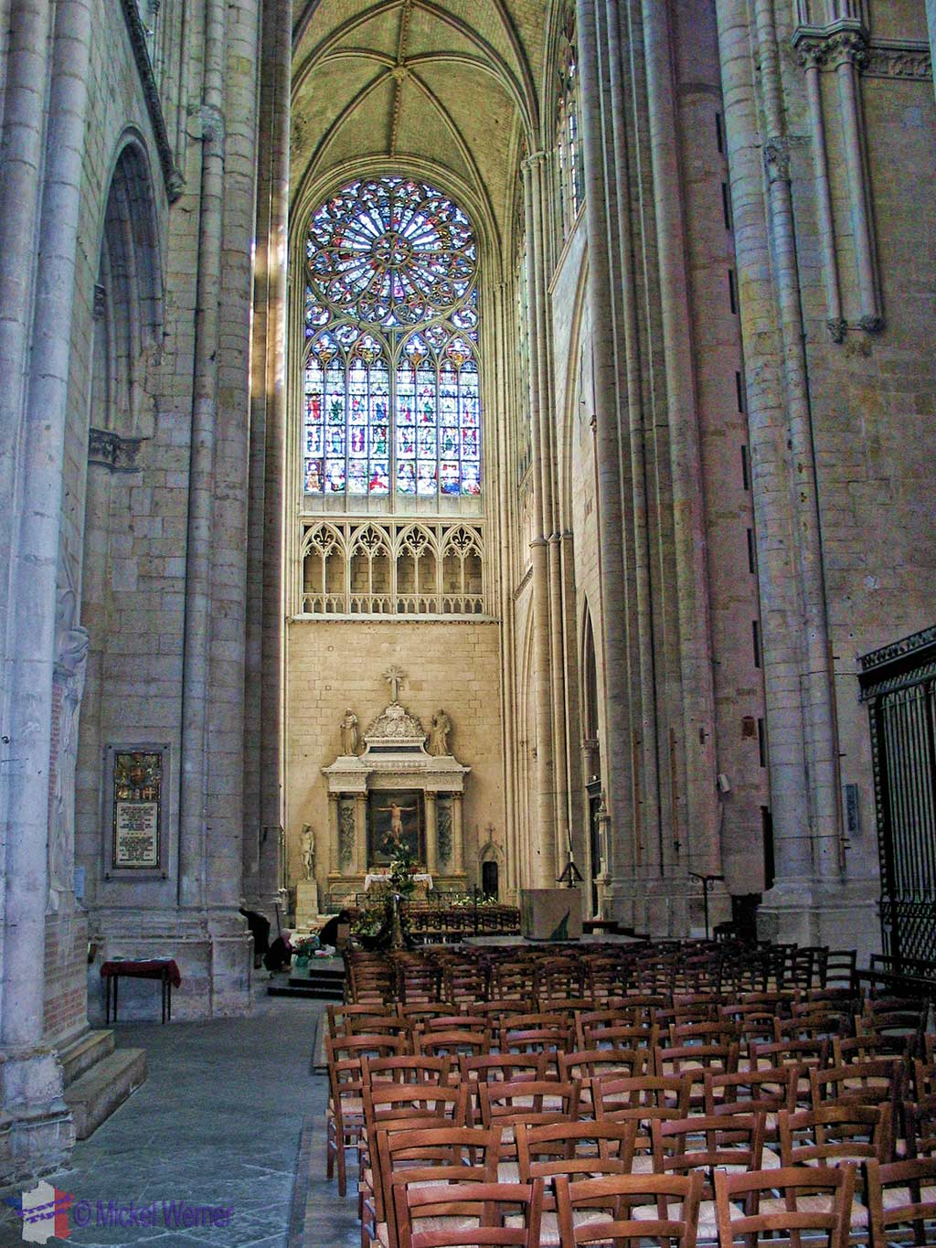 Inside the Saint-Julien cathedral of Le Mans