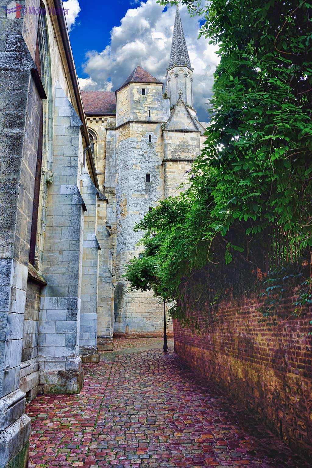Narrow side of the Saint-Pierre cathedral of Lisieux, Normandy