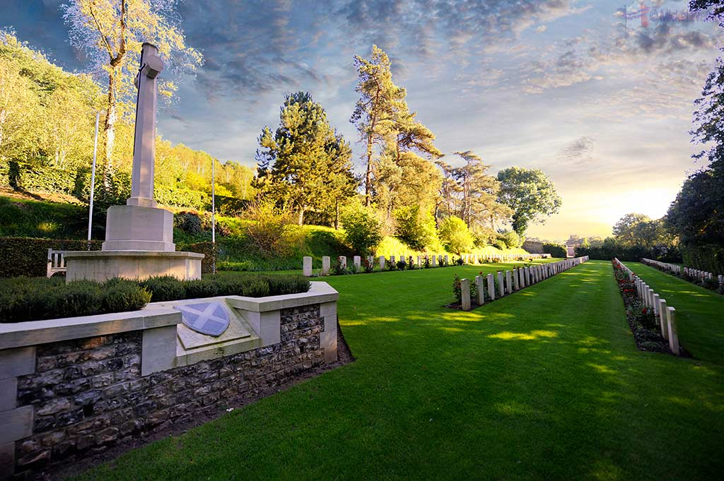 Scottish war graves at Saint-Valery-en-Caux, Normandy