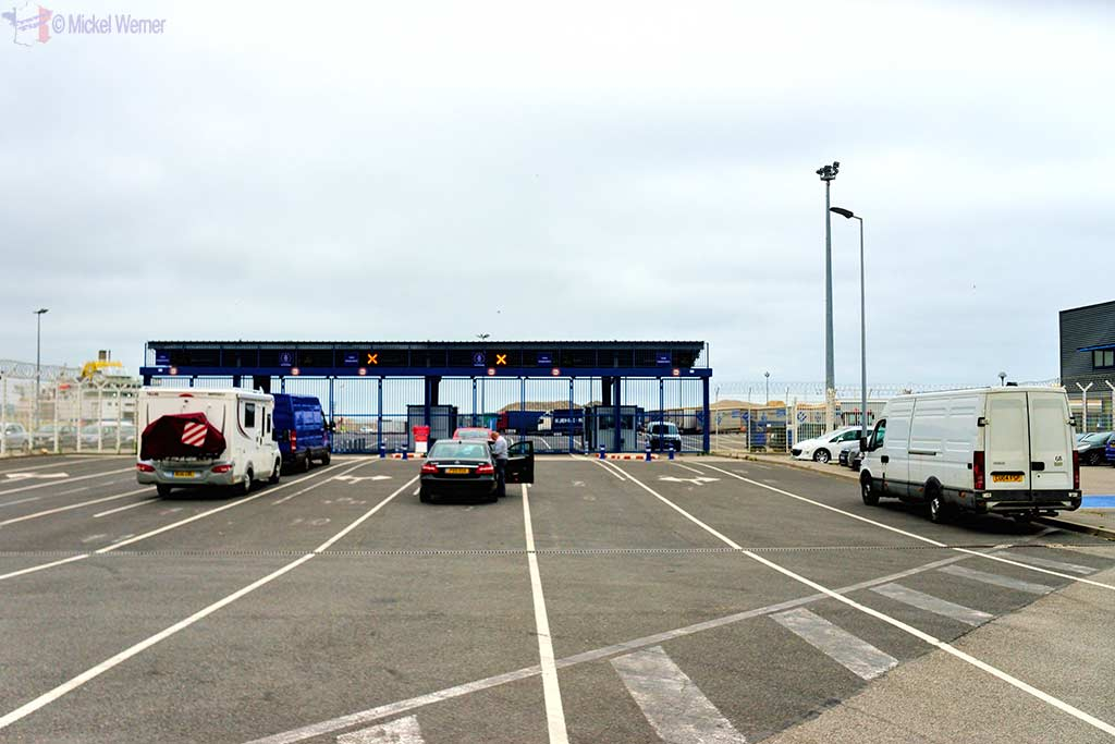 Car/Caravan/Truck checkin for the Dieppe ferry