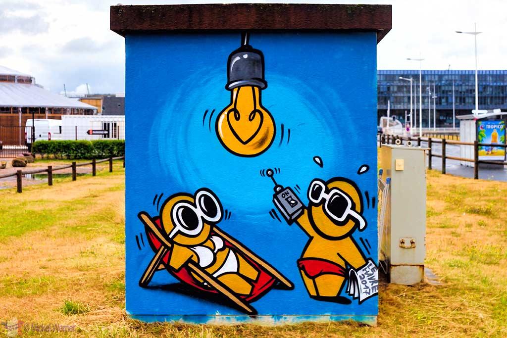 Beach bum Gouzou by Jace in Le Havre