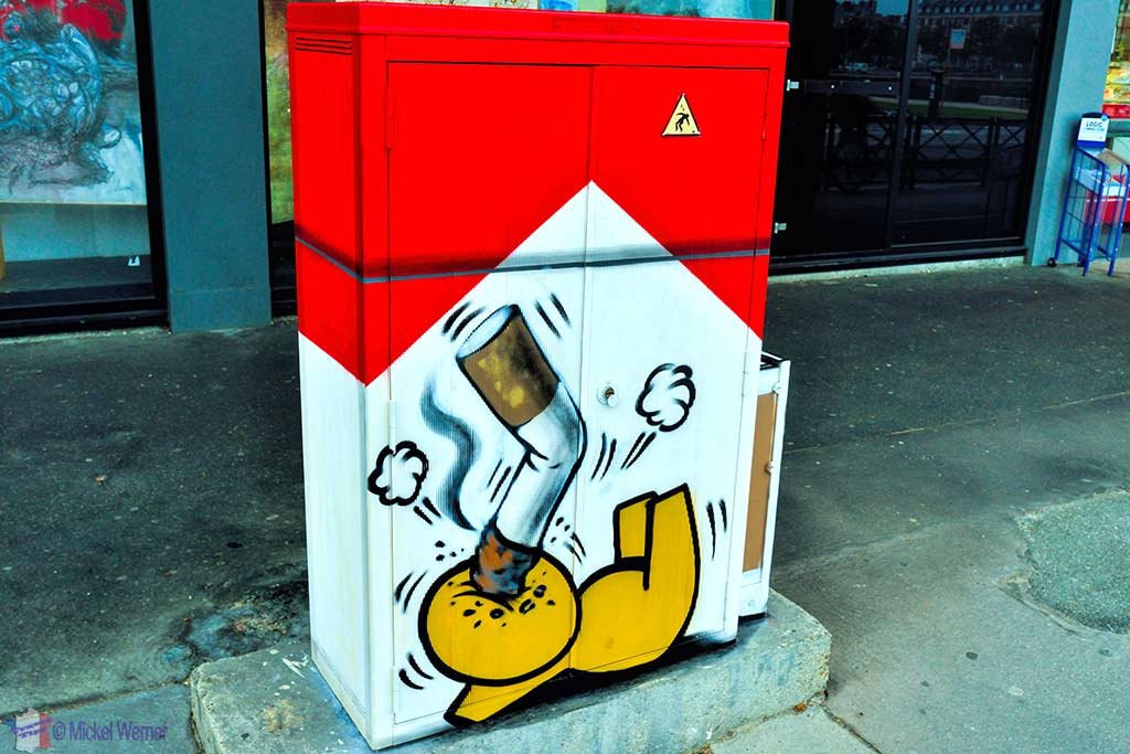 Smoking is bad for Gouzou by Jace in Le Havre