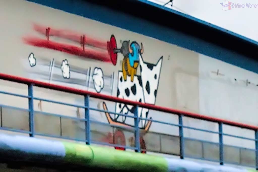 Cow riding Gouzou by Jace in Le Havre
