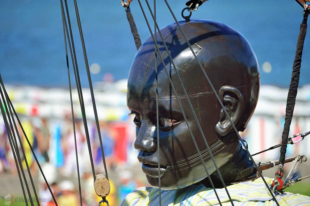Closeup of the giant boy in Le Havre