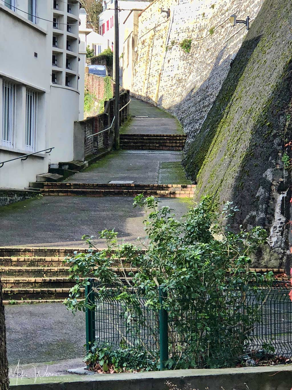 """The """"Rue Germain Coty"""" stairway part road and a lot of stairs brings you towards the Le Havre city centre. This is the bottom end view."""