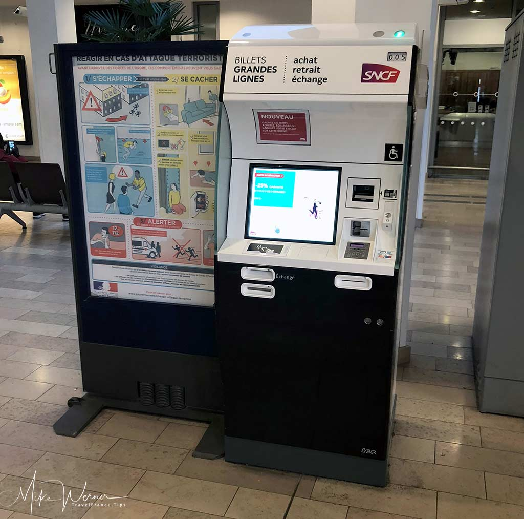 SNCF Rail ticket vending machines