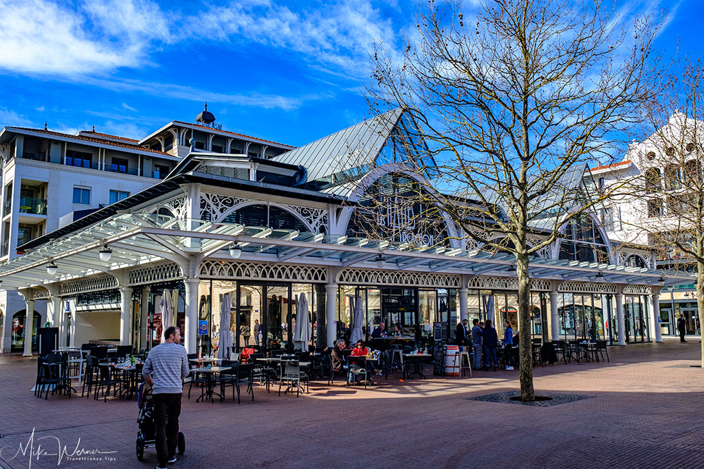 Arcachon's covered market place