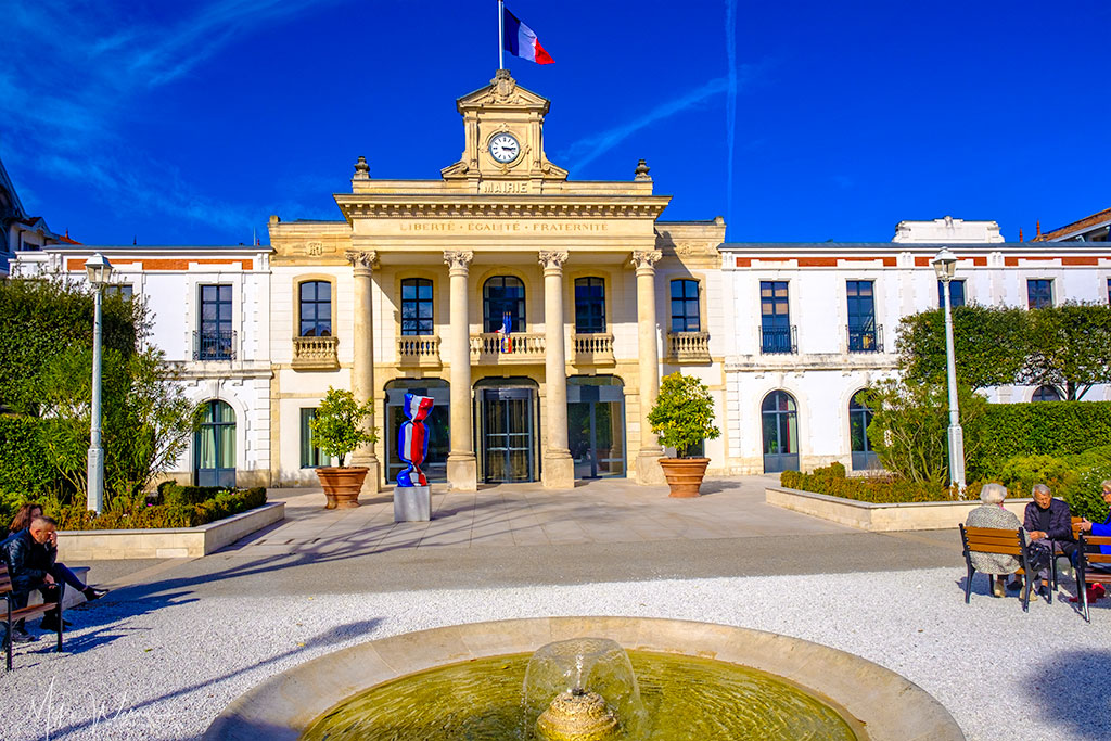 Arcachon city hall (Mairie)