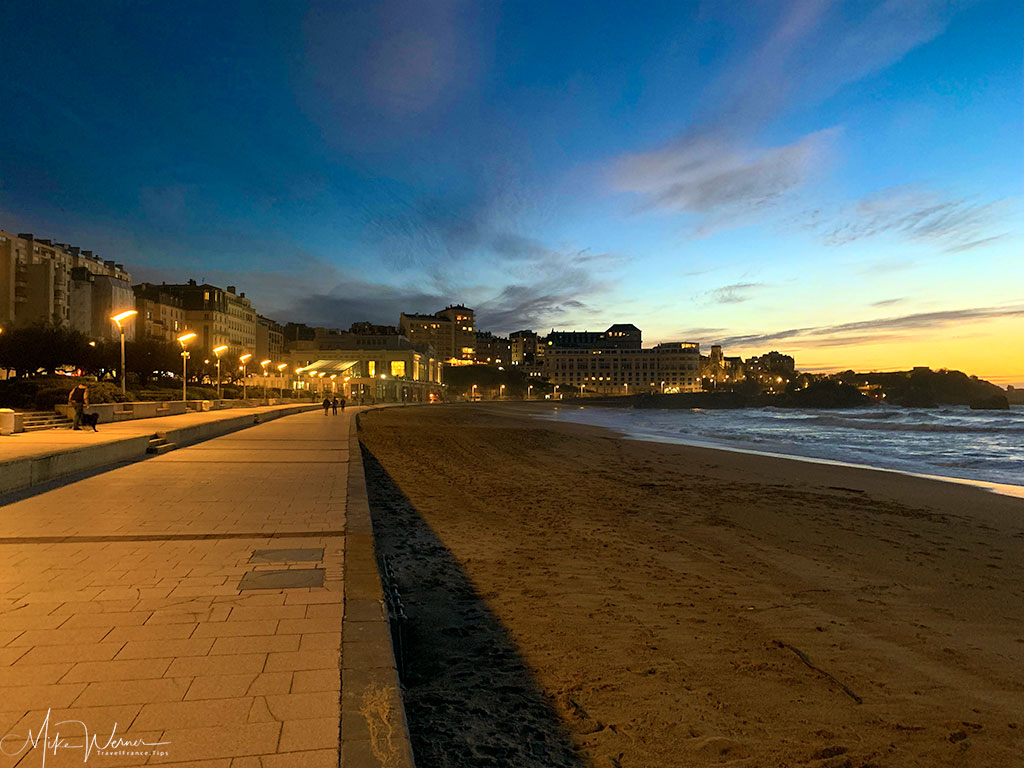 Evening on the Grande Plage of Biarritz