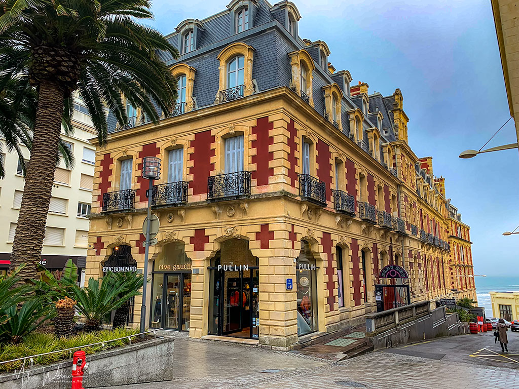 One of many shops in Biarritz