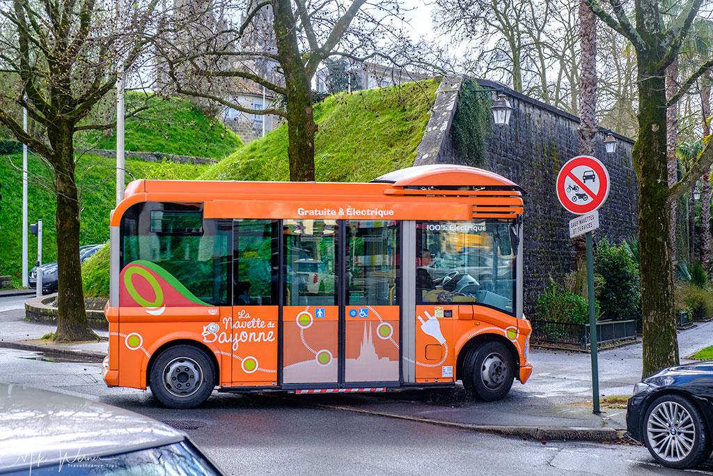Bayonne free electric shuttle bus