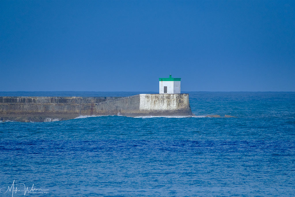 Part of the sea walls of Cibourne / Saint-Jean-de-Luz