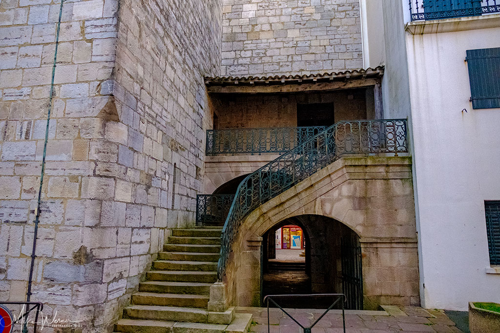 Steps to the upper levels and lower levels of the Saint-Jean-Baptiste church in Saint-Jean-de-Luz