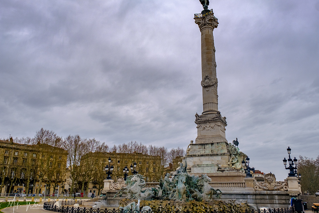 The Girdonde Monument with fountain in Bordeaux