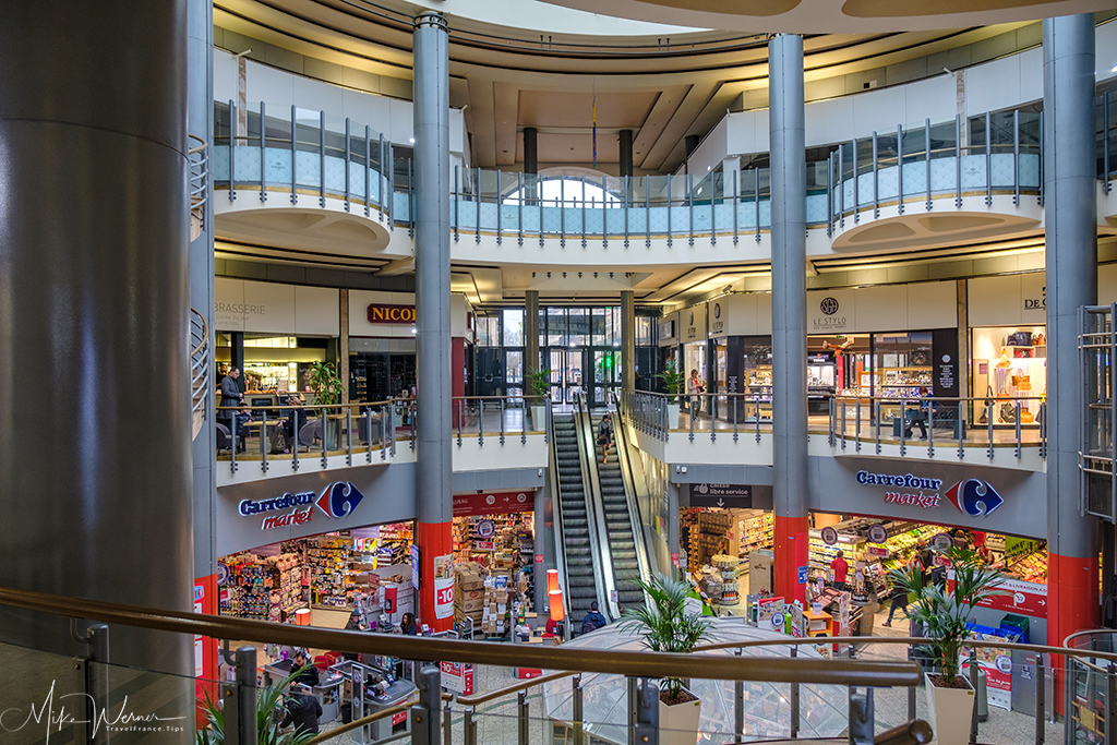 Shopping mall in Bordeaux
