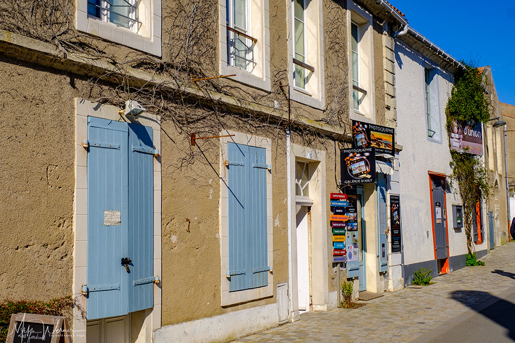Houses and shops in Noirmoutier-en-l'Ile