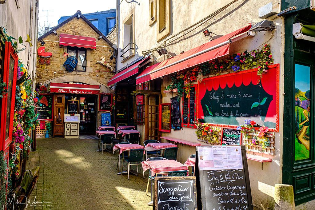 Little restaurant in a small ally in Vannes