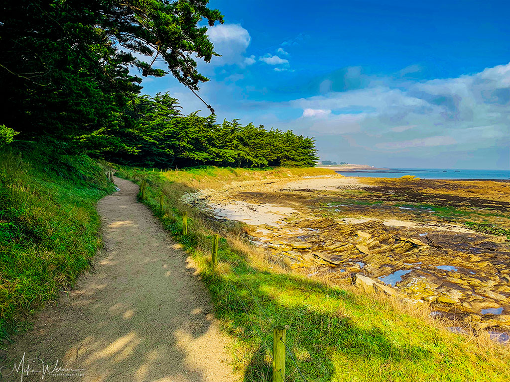 Hiking path in the dunes of Quiberon in Brittany