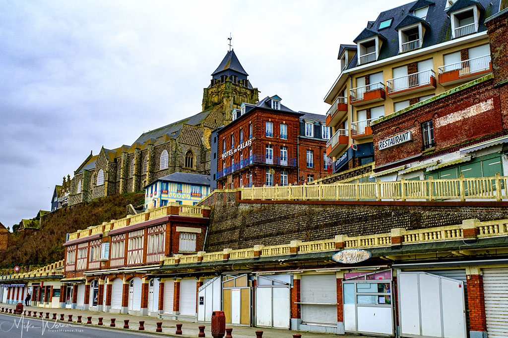 Closed down shops in Le Treport