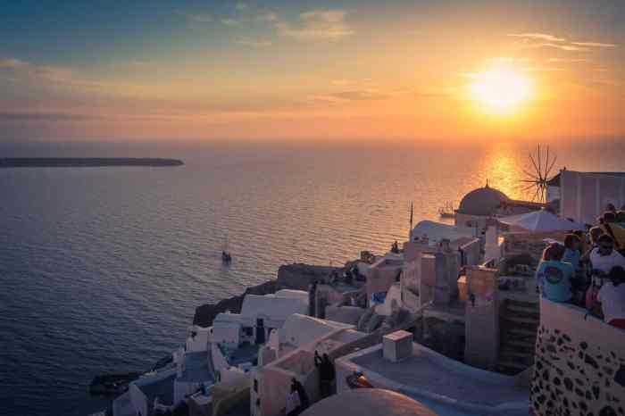 Sunset on Santorini, Pictures of Greece