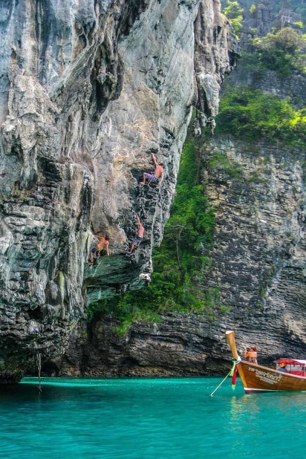 Deep Water Soloing in Tonsai/Railay, one of my favorite things to do in Thailand.