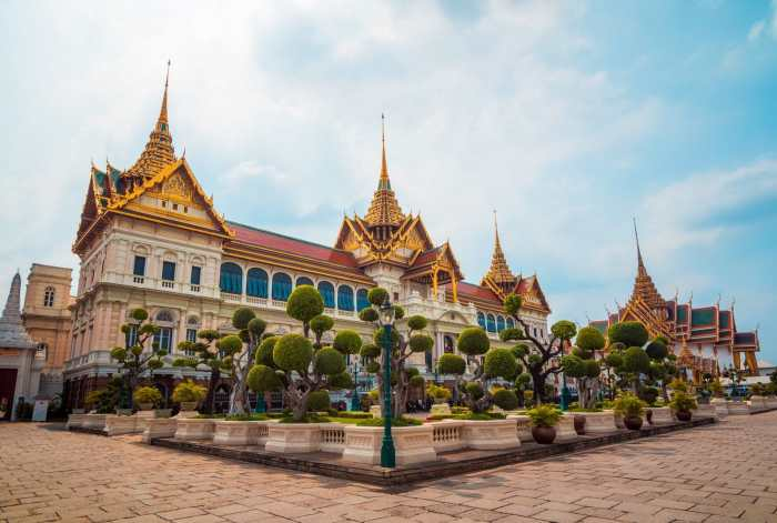 Don't get scammed at the Grand Palace in Bangkok, Thailand