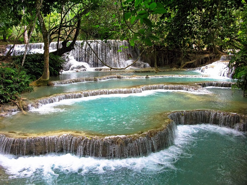 100 Waterfalls Trek