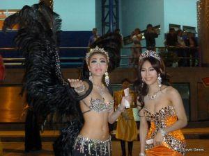3-Pattaya_transwomen_2