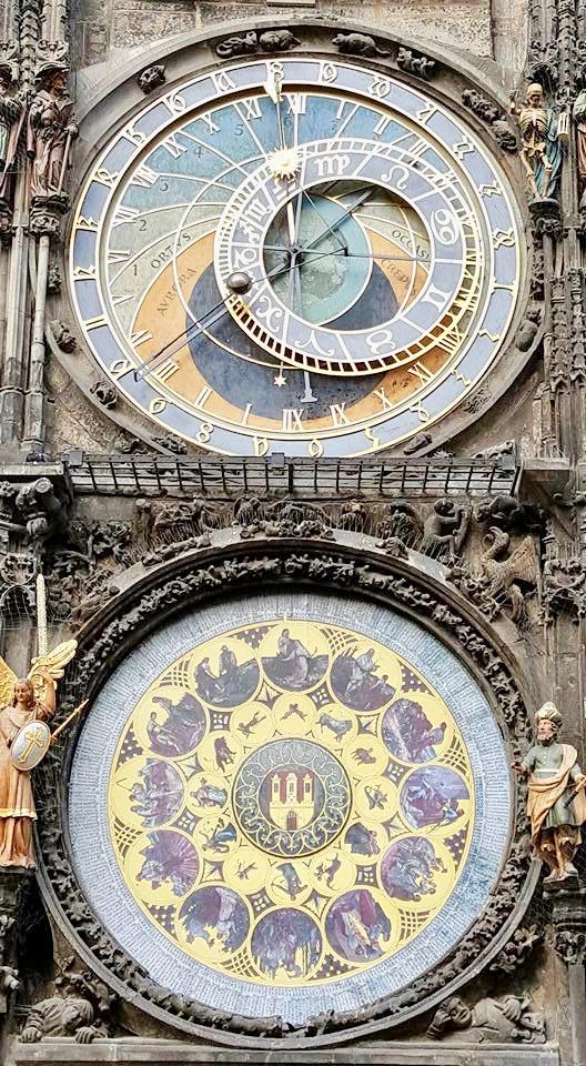 astronomische klok. Wat te doen in Praag? Deze bezienswaardigheden maken jouw stedentrip compleet!